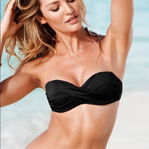 276895e9c3b0b Victorias Secret black twist bandeau top 32DD. M 5a9adf13077b971b26518369